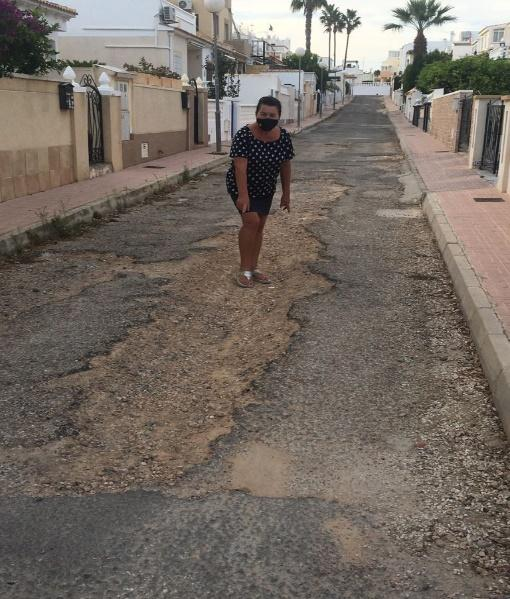 Example of the deplorable state of roads in Orihuela Costa